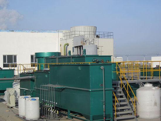 运行中的石化工业园区污水处理中试装置
